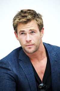 Chris Hemsworth blue blazer and black t-shirt adds instant style to any night out.
